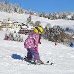 Vacances au ski en famille : comment se passe l'organisation ?